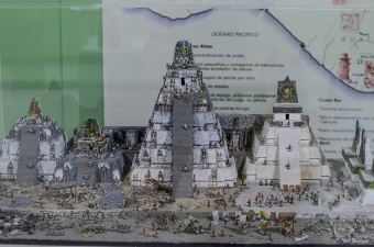 A model of the building of Tikal
